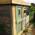 The complete shed with green roof... job done!